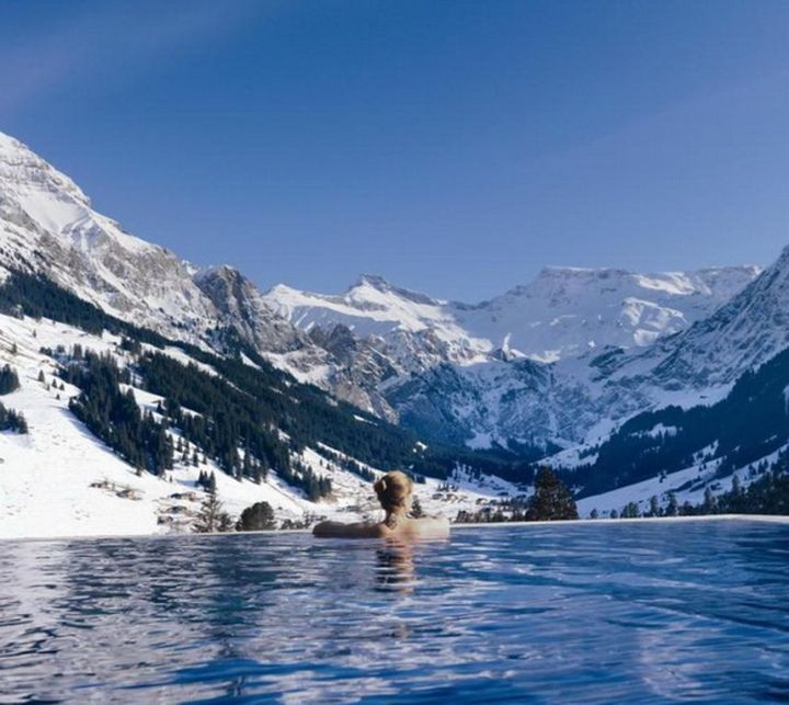 Amazing pools (especially in Winter).