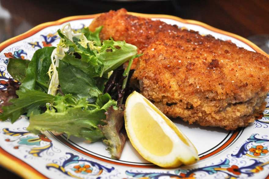 Cotolette alla milanese (Milanese Veal Chops)