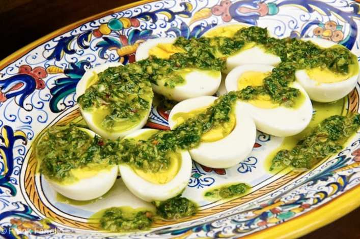 Uova sode in salsa verde (Eggs in Green Sauce)