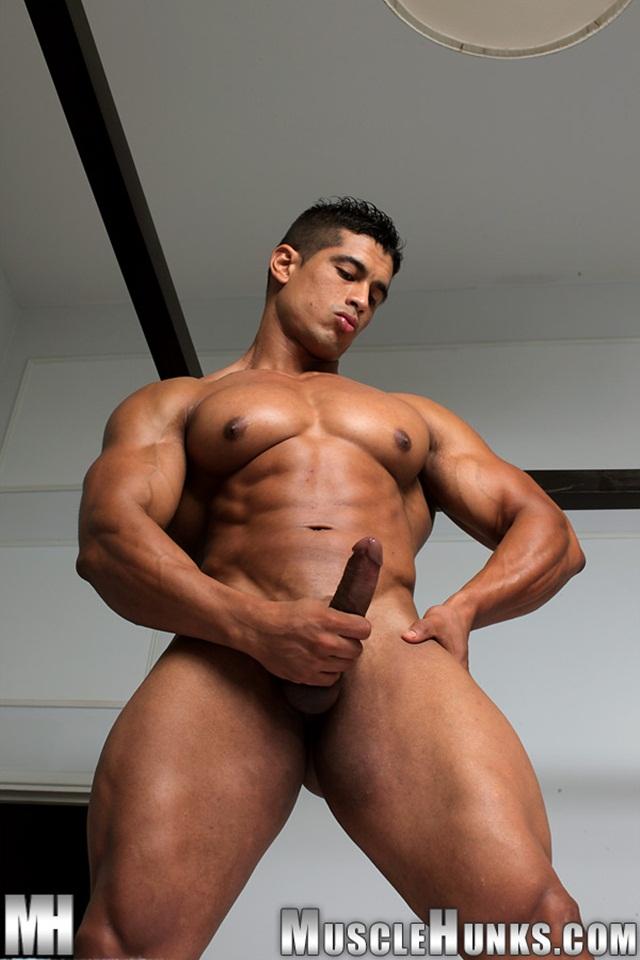 hung muscle guy sweats