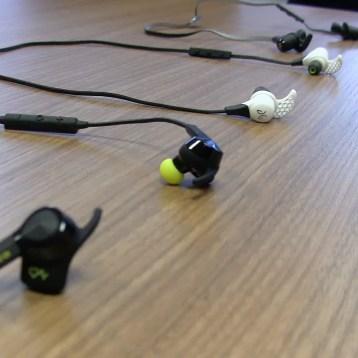 WATCH: Wireless headphones review