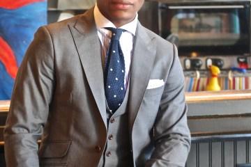 Sabir Peele of Men's Style Pro in Dragon Inside Everday Grey Suit