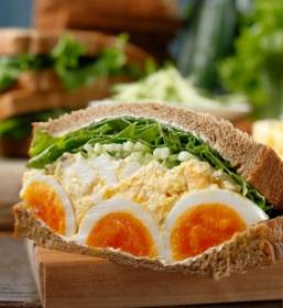 スタバ「エッグサンドイッチ」