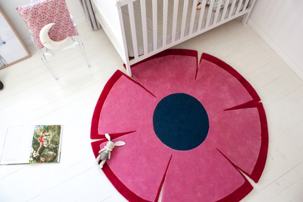 littleP flowerpower Rug