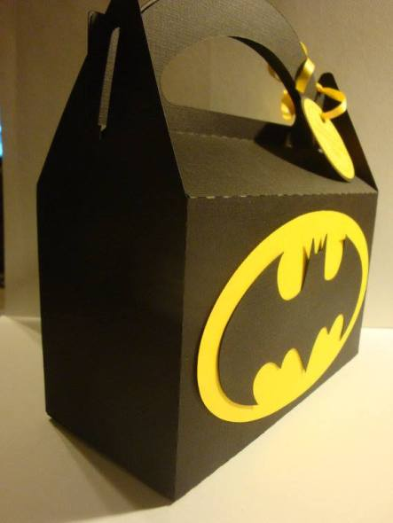 birthdaybox_batman02
