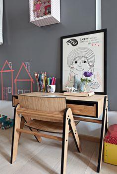 Vintage Desk con washi tape al muro