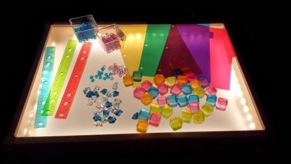 tavolo luminoso IKEA hack DIY