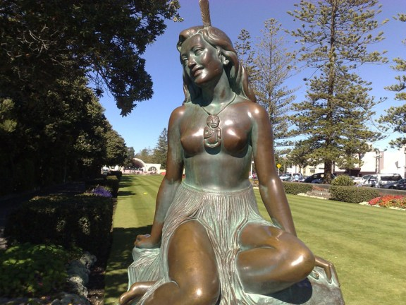 Pania of the Reef mermaid statue