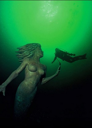 The Emerald Princess Mermaid Statue