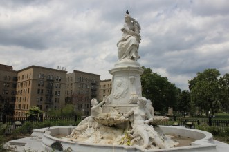 Heinrich Heine Fountain (Lorelei Fountain)
