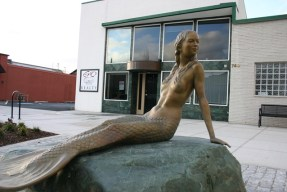 Oak Harbor Mermaid Sculpture