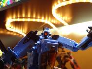 Transformers Whirl's mono-eye lit up via lightpiping