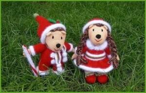 Собачки в нарядах Санта Клауса