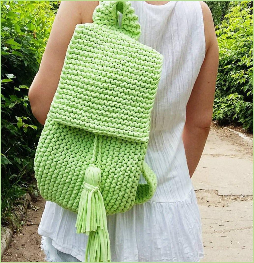 Вязание рюкзака спицами из трикотажной пряжи