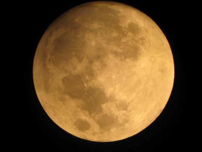 Mañana será el primer eclipse lunar de éste año. Junto a nuestro satélite estará Júpiter