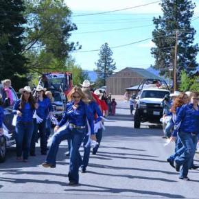 The West Coast Heat dancers warm up on Corral Street before the parade. Photo by Laurelle Walsh