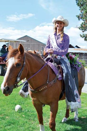Rodeo queen Mckenna Risley and her quarter horse, Sallie Mae, lining up for the '49ers Day parade last week. Photo by Laurelle Walsh