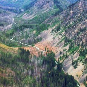Aerial photo of the West Fork Methow River Trail avalanche. Photo by Merle Kirkley, Evergreen Mountain Bike Allance