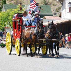 Steve Varrelman of Pateros, left, drove his stagecoach in the parade. Photo by Dana Sphar