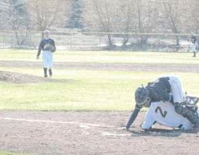 Liberty Bell baseball team runs away in winning three games