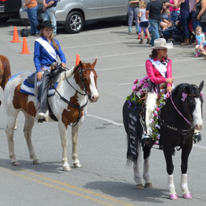 Rodeo royalty sparkles on horseback at this weekend's event