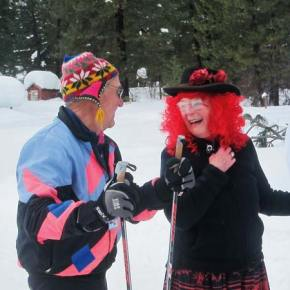 Photo by Don Nelson Carl and Roxie Miller shared an apres-ski laugh.