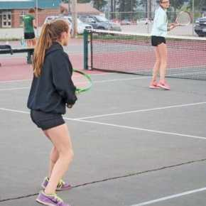 Liberty Bell tennis teams split with Lake Roosevelt at home, beat Oroville