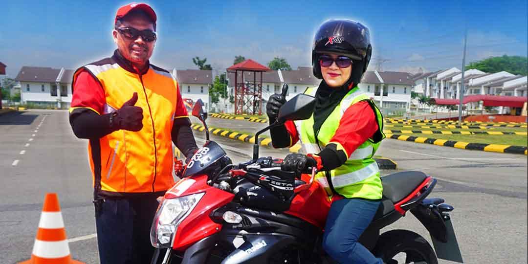 superbiker-lady-copy