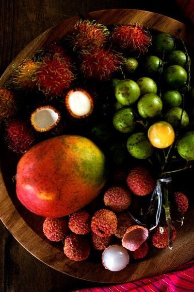 Huaya Fruit, Lychee, Rambutan and a Mango
