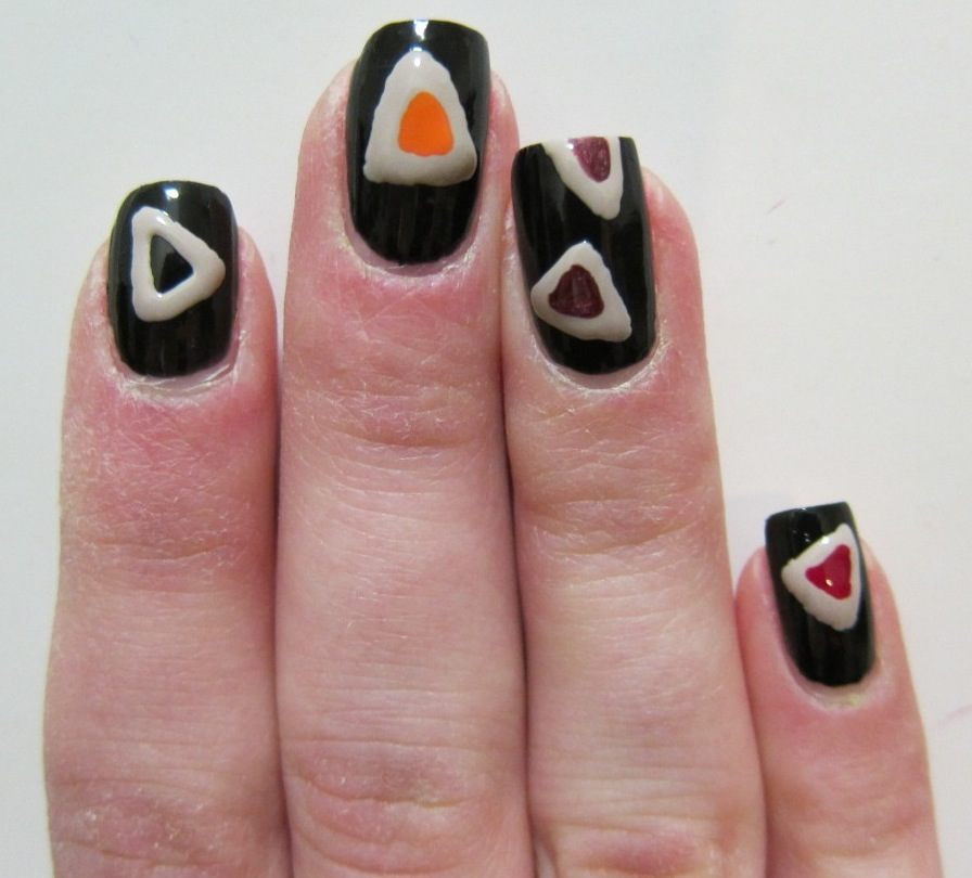 Hamantaschen Purim nail art