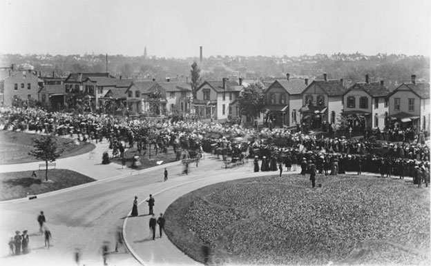 Teddy Roosevelt's visit to Kansas City in 1903. Photo courtesy Kansas City Public Library - Missouri Valley Special Collections.