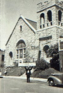 The Hyde Park Christian Church in 1940.