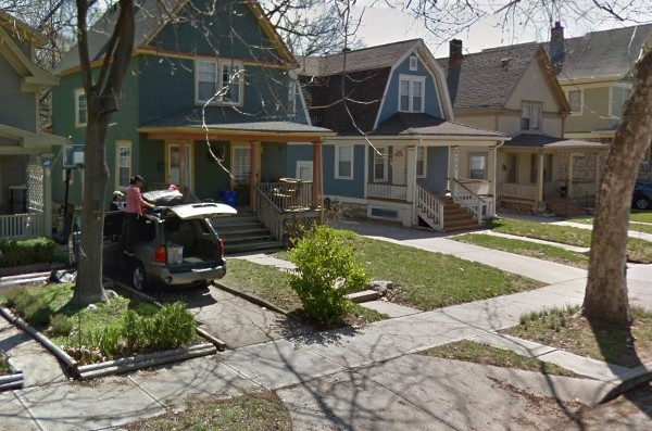 A recent Google maps view of the 4300 block of Walnut, with homes that date back to the beginning of the 20th century.