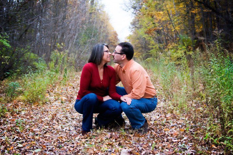 1-P-engagment-portraits-green-bay-w