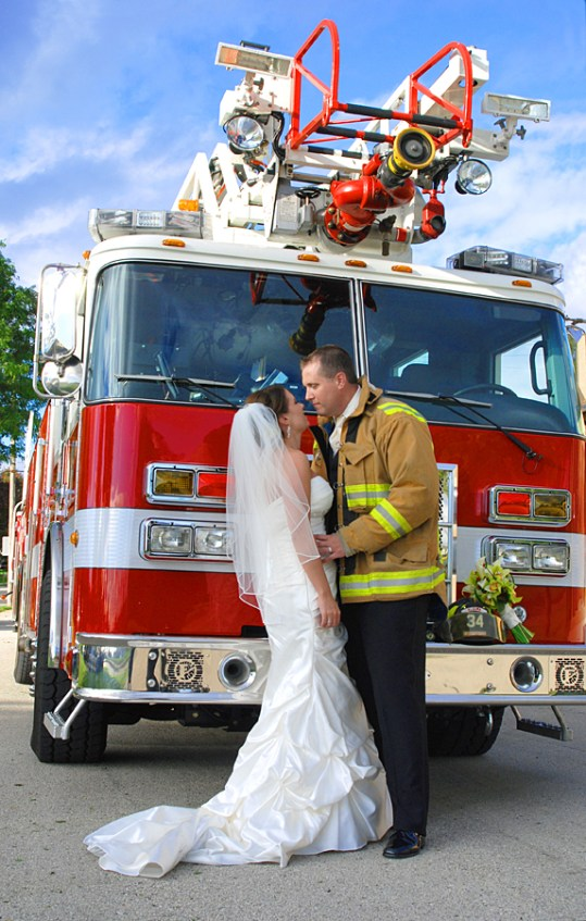 W-fire-truck-wedding