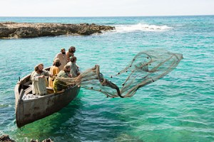 boat-before-dawn-casting-net_