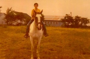My dad's horse, a part Tennessee Walker and huge! Great temperament.