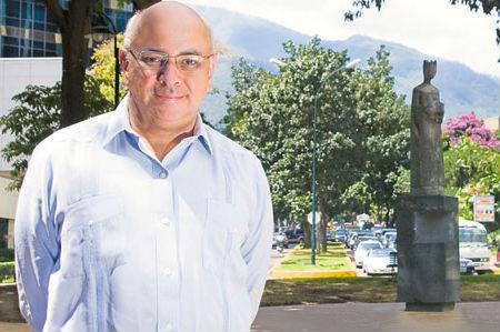 Cesar-Miguel-Rondón