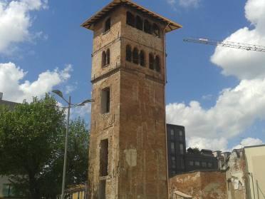 La torre dei Gorani dopo il restauro (foto Mirco Bareggi)