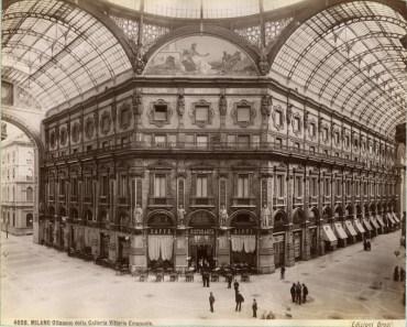 Brogi,_Giacomo_(1822-1881)_-_n._4608_-_Milano_-_Ottagono_della_Galleria_Vittorio_Emanuele_ca._1880