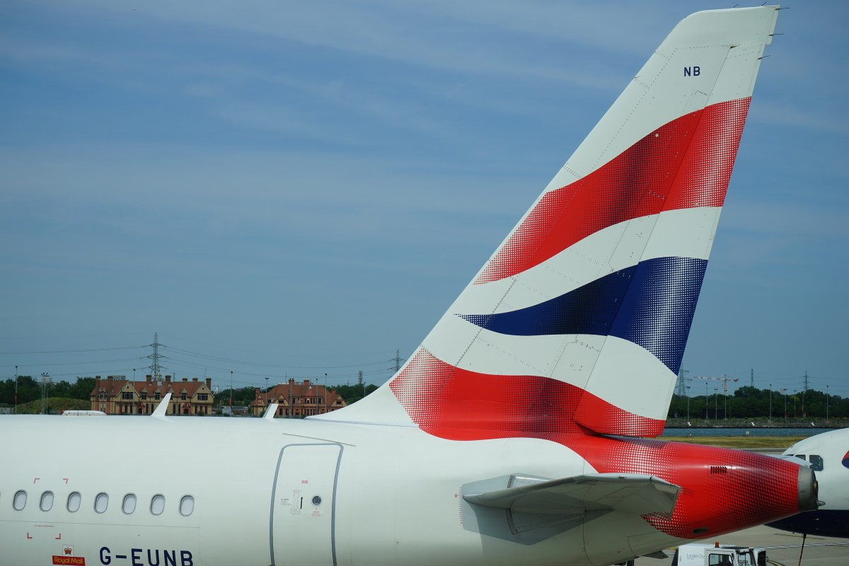 Ex-London BA Christmas and New Year sale - plus £700 for 30,000 Avios discount