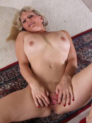 wife camel toe