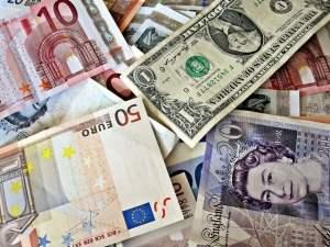euros dollars pounds