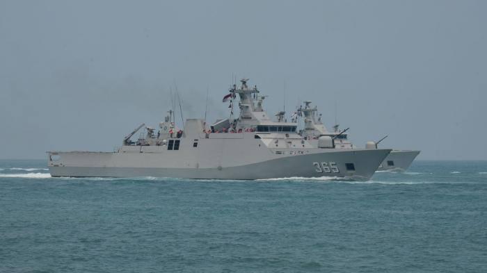 Inilah Alutsista Canggih Angkatan Laut dalam Perayaan HUT Ke-70 TNI