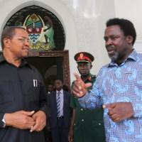 TB Joshua wa Nigeria amekuja Tanzania kwa ajili ya Dk. Magufuli.. (Picha 3)