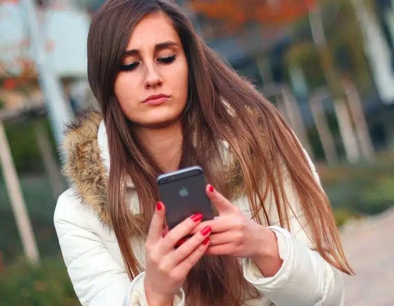 Millennial Magazine- iPhone 6s