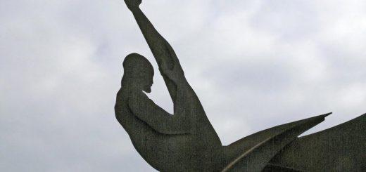 Statue près du départ du téléphérique
