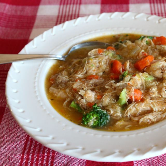 Mimi Avocado's Chicken Quinoa Soup with Broccoli