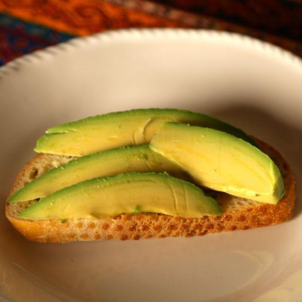 Fuerte avoado and sourdough toast