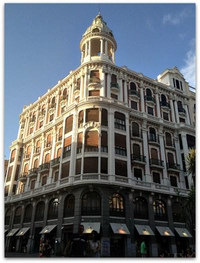 foto del edificio entero
